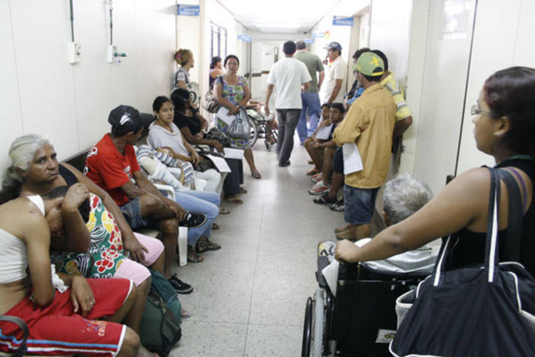 Patients wait in overloaded hospital