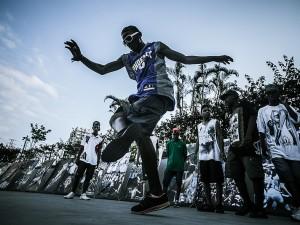 Passinho dance battle. Photo by MídiaNINJA