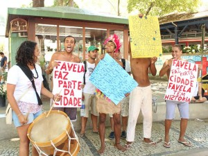 Cerro Corá protest for favela rights. Photo by Michel Jaquet