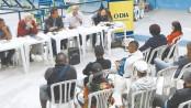 The debate happened at the Municipal Health Center in Morro da Formiga. From left to right: Marcelo da Silva, Flávio Ferreira, mediator André Balocco, Jorge Barbosa and Theresa Williamson