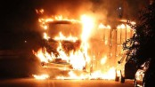 Bus on fire in Rio