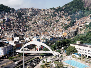 Even with pacifying forces, Rocinha residents suffered with five-hour long shooting last month.