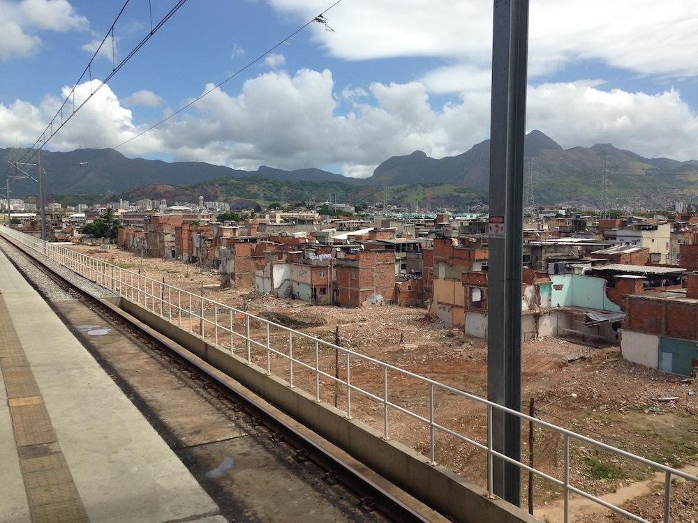 Terreno-onde-mais-de-1000-casas-foram-demolidas-desde-2009