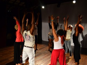 Performance workshop at Vila Kennedy's Black Awareness Month event. Photo by Leland Christy