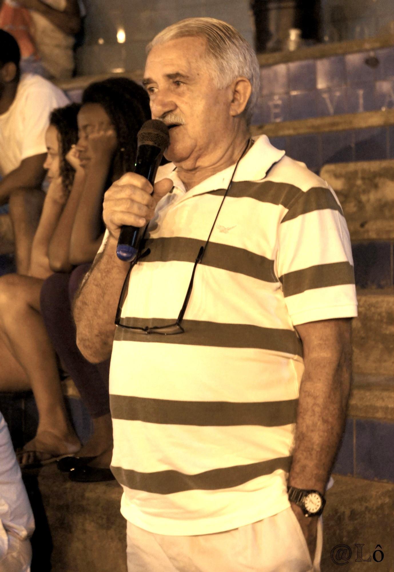 Armando Almeida Lima talks about Vidigal. Photo: Lorraine Gaucher-Petitdemange