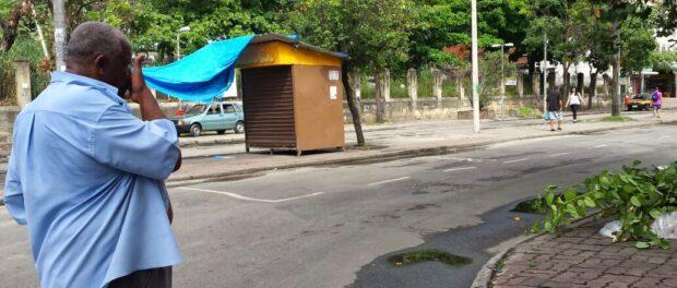 Miguel Silva de Moura, President of the Luiz Carlos Prestes Neighborhood Association, looks around the empty square.