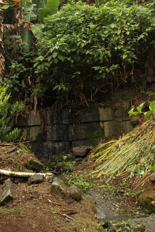 Open sewage in Vale Encantado