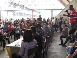 Public event to dicuss human rights violations in Alemão.