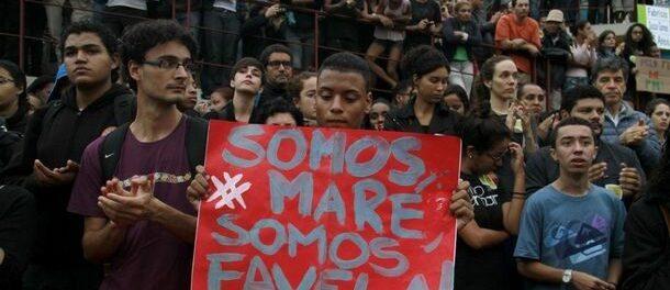 """We are Maré."" Photo by Jornal do Brasil"