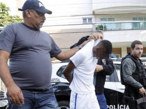16-year-old minor arrested for Jaime Gold stabbing. Photo by O Globo