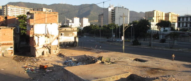 The cleared land where Favela do Metrô used to stand