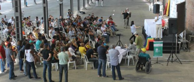 Conference on the Social Housing Plan at the Port. Despite existing pressure from civil organizations, the discussion only began due to a budget requirement (photo: CDURP)