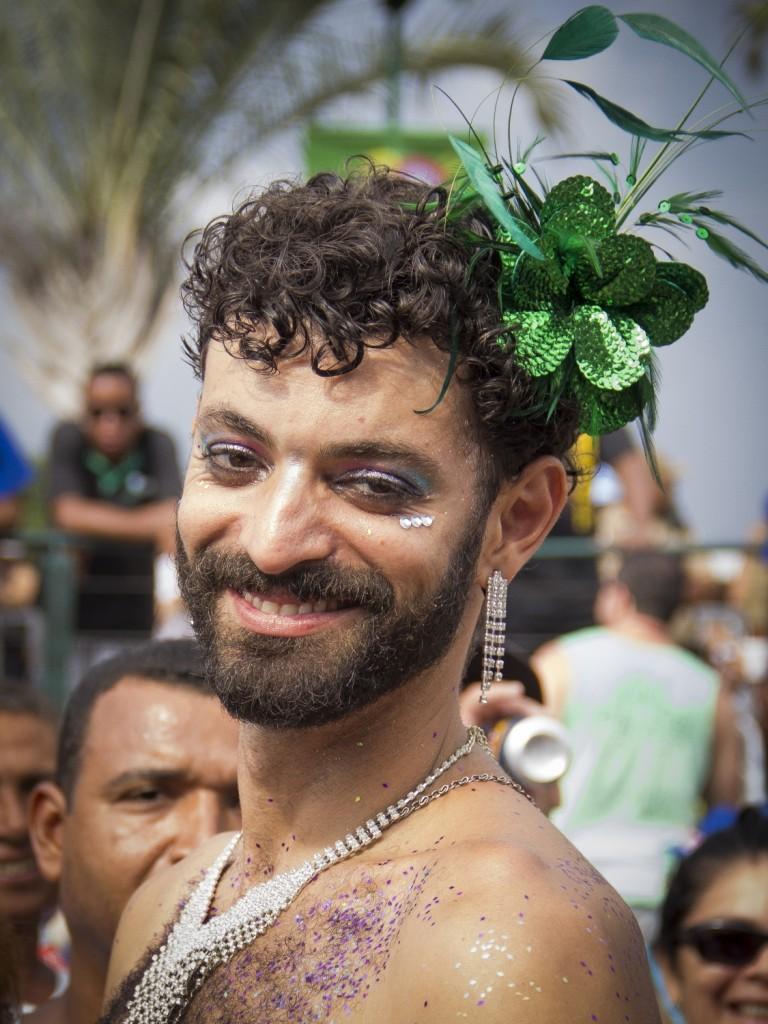 """Monara Barreto, """"Timoneiros da Viola Bloc"""" – part of Imagens do Povo carnival coverage 'Folia de Imagens 2015' – block dedicated to Paulinho da Viola (08/02/2015)."""