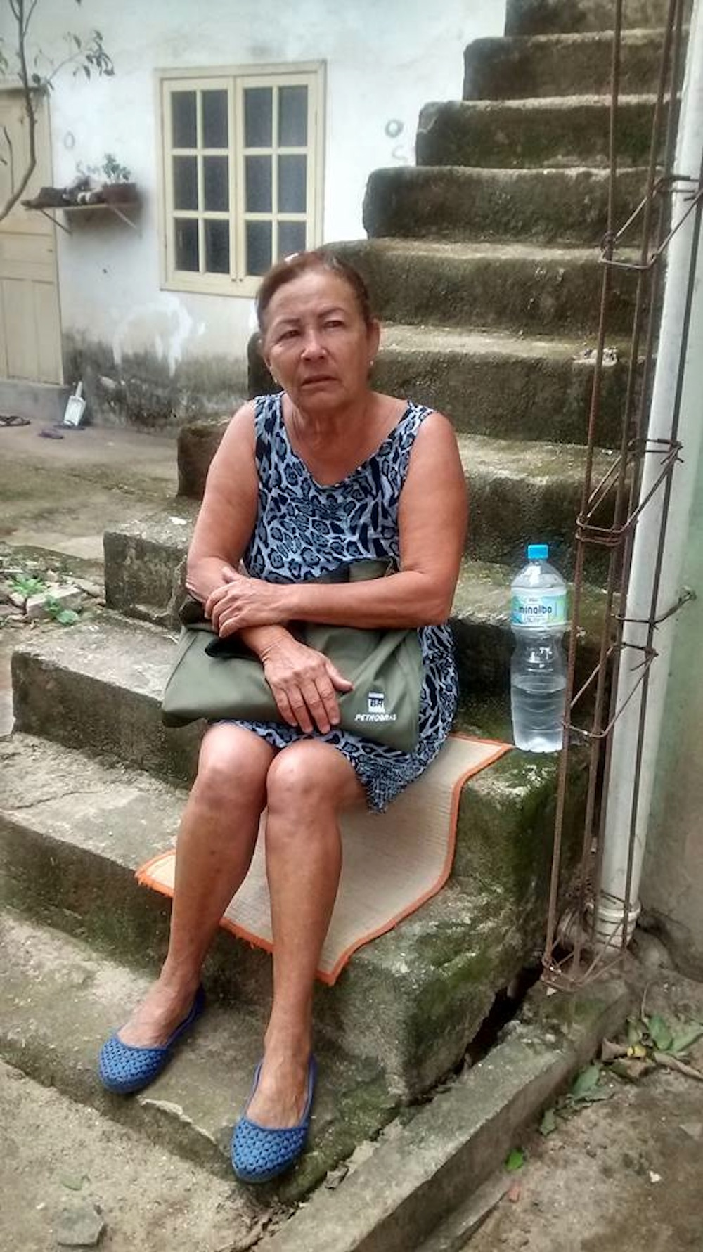 Mariza do Amor Divino photo posted on the community Facebook page after the demolition of her home