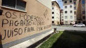 Criminal faction graffiti at the Nova Conceição condominium in Feira de Santana, Bahía. Photo by Luiz Tito/Agência O Globo