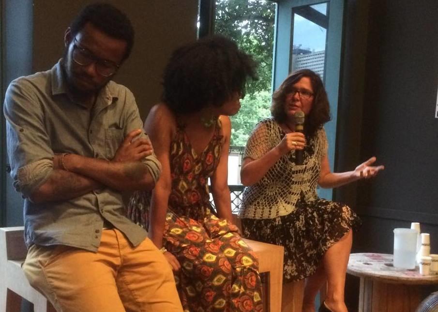 Left to right: moderator Tulio Custódio, historians Mariléa de Almeida and Hebe Mattos