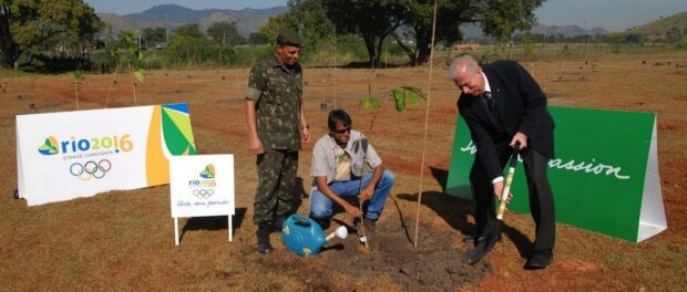 Rio 2016 manager for institutional relations, Fábio Starling, planted an Olympic Wood on World Environment Day in June 2009 to demonstrate the Rio Olympics sustainability commitments