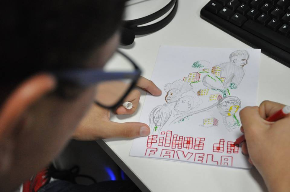 A fanzine workshop encouraged participants to create their own comic. Photo by João Lima