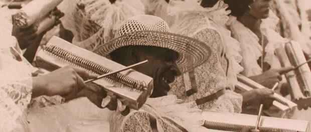 Carnival in São Carlos in the 1960s. Image courtesy of Favela Tem Memória/Viva Rio