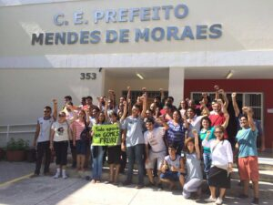 Students occupy Mendes de Moraes school. Photo from Ocupa Mendes Facebook page
