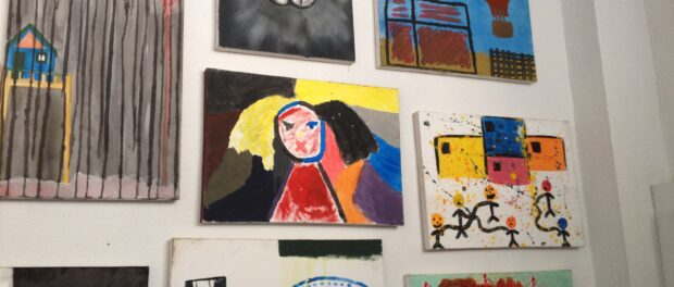 Art by young people in Maré in the TO in Maré exhibit