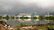 The view across the lagoon from Vila Autódromo