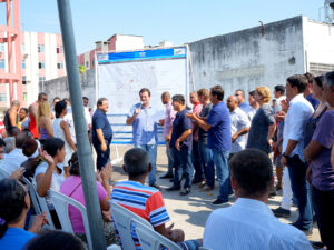 Mayor Eduardo Paes launches Morar Carioca in Cordovil