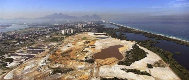 Olympic golf course on the Marapendi nature reserve. Photo from Comitê Popular