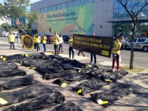 40 body bags representing the 40 people killed by police in Rio in May 2016
