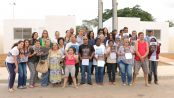 Vila Autódromo residents receive keys to new homes. Photo from Museu de Remoções Facebook page