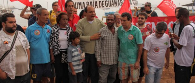 Community members including Sergio Ricardo of Baia Viva and first fisherwoman of Guanabara Zaine Coutinho convened for a press conference to start the protest