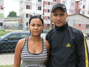 Isabela Santos and her husband face uncertainties. Photo by Beth McLoughlin/A Pública