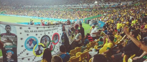 Protest at the Maracanã stadium. Photo from the Comitê Popular Rio e Olimpíadas Facebook page