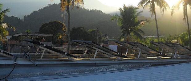Solar panel roof at Onda Verde