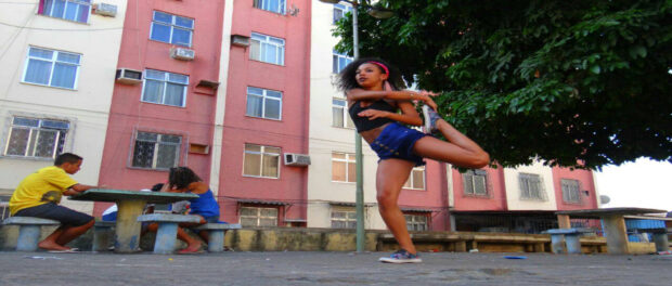 Passinho dancer in Cidade Alta. Photo by Thiago de Paula