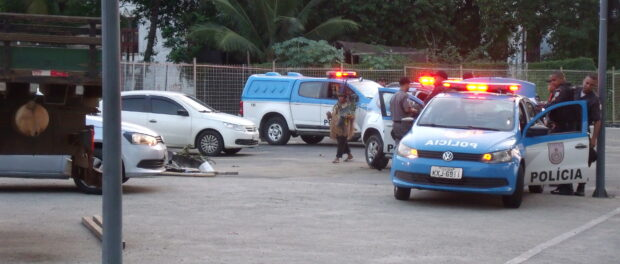 Police presence at the Aldeia Maracanã site