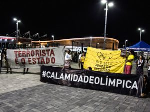 Protest banners. Photo from Rio 2016 - Jogos de Exclusão Facebook page