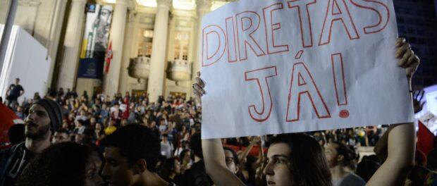 """Direct elections now!"" Photo by Fernando Frazão/Agência Brasil"