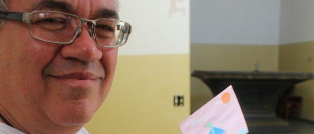 Eron Cesar dos Santos, capoeira master and storyteller from Providência. Photo by Miriane Peregrino