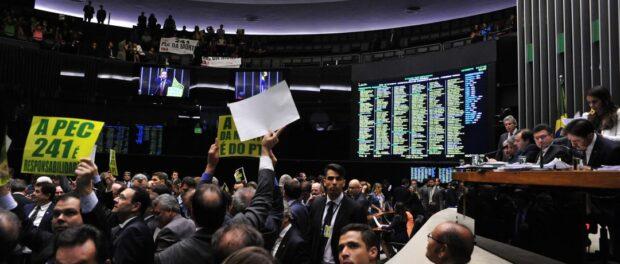 PEC 241 voting in the Congress