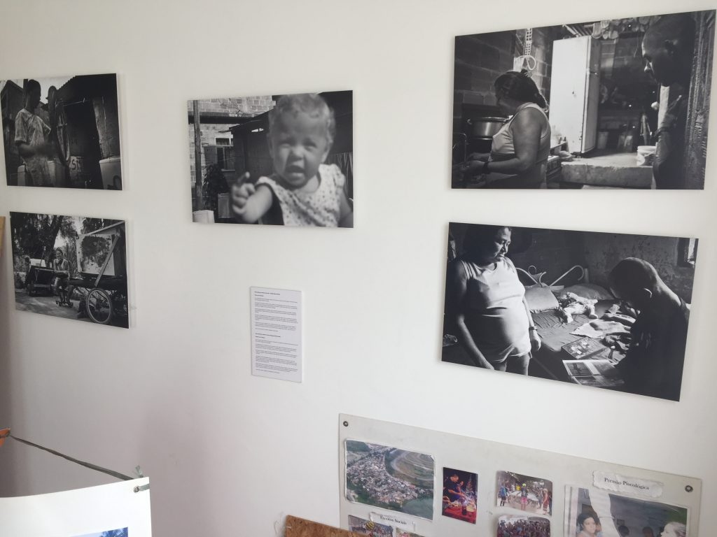 Images from JV's photo exhibition of evicted Vila Autódromo families featured in the Evictions Museum