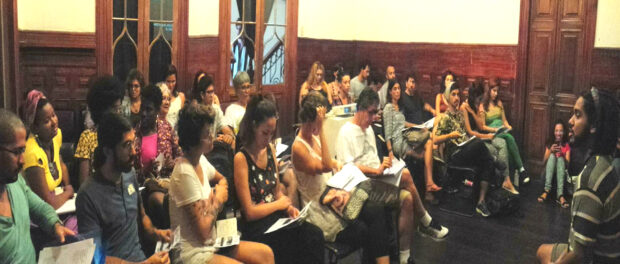 Course participants at the Castelinho in Flamengo. Photo by Anderson Caboi