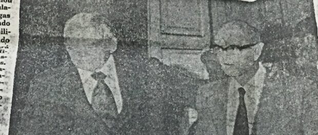 Interior Minister arm-in-arm with Rio de Janeiro Governor Chagas Freitas, published in O Dia in June 1979.