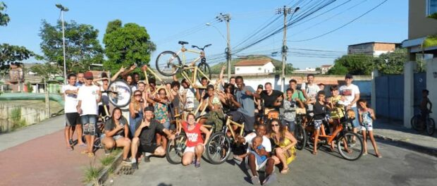 Pedala Queimados: Biking to 'Change the Zip Code of