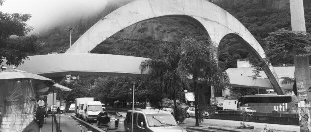 Passarela de Niemeyer. Photograph: Camilla Piccolo