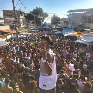 Funk has always been strong in Vila Cruzeiro and Renan da Penha is one of several funkeiros that are criminalized in Brazil. Photo from: Favelas News Agency.