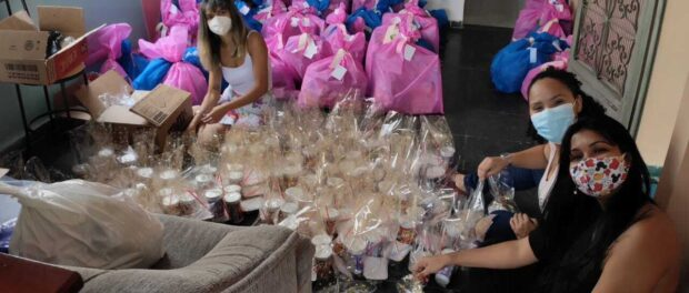 Grandma Cleusa Association preparing gift bags for families